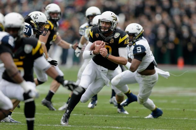Kelly Tosses 4 TDs as Arizona State Routs Navy