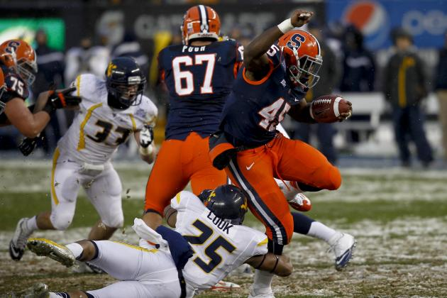 Syracuse Plows Through West Virginia and Snow at Pinstripe Bowl