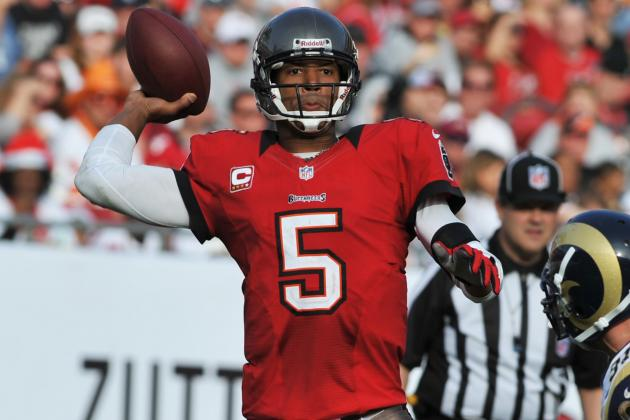 Josh Freeman Becomes 1st Bucs QB to Pass for 4,000 Yards in a Season