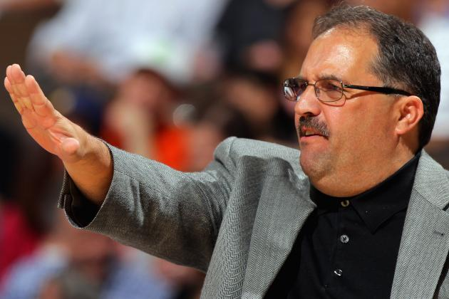 Stan Van Gundy Still Talks to Dwight Howard, Thinks Back Is an Issue