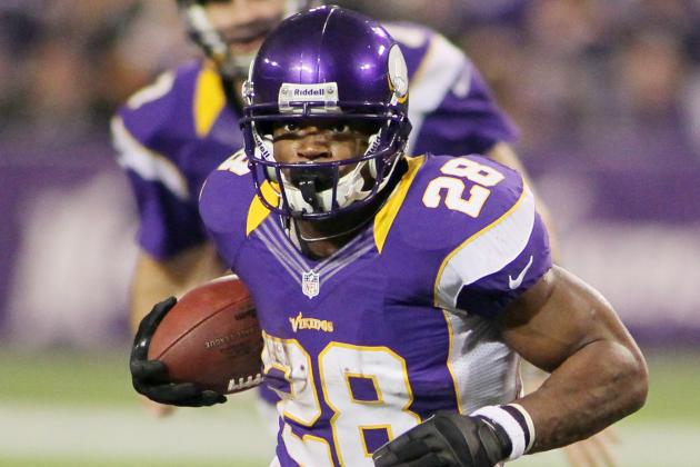 Adrian Peterson Crosses 2,000-Yard Mark