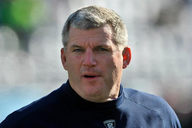 Coach Mike Munchak States Case to Keep His Job After 6-10 Finish