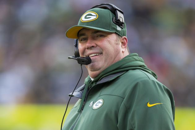 Mike McCarthy Throws Challenge Flag on Lost Fumble, Gets Review Anyway