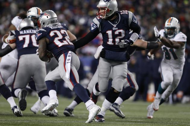 Patriots Blow out Dolphins to Secure a Playoff Bye