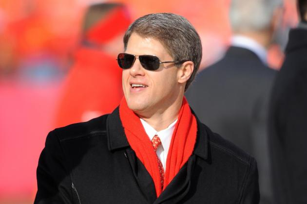Chiefs vs. Broncos: Clark Hunt Needs to Take Out the Garbage