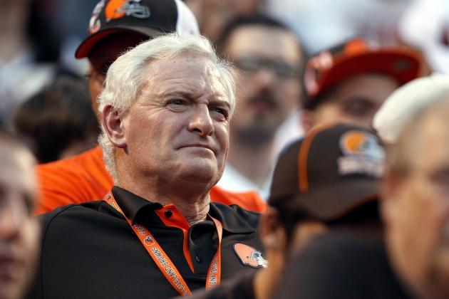 Browns Fire Coach Pat Shurmur, GM Tom Heckert