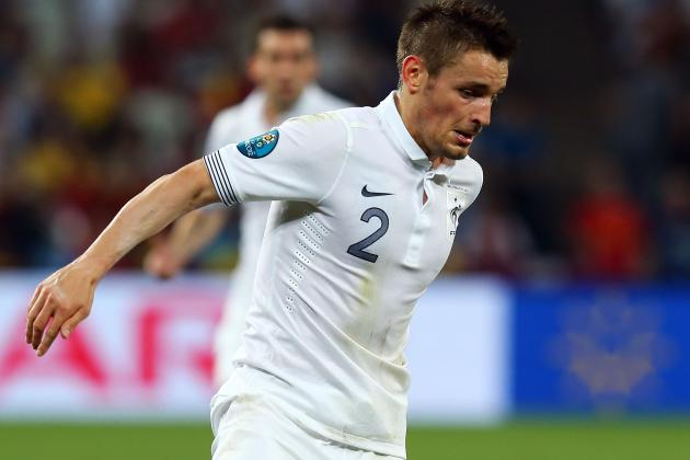 Newcastle Set to Bring in Debuchy