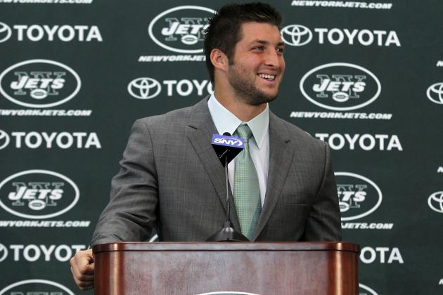Tim Tebow's Attitude and Leadership Qualities Prove He Should Start in NFL