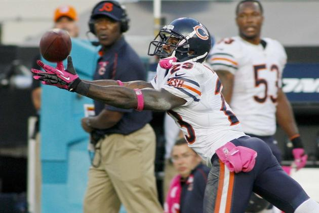 Devin Hester Contemplating Retirement After Bears Fire Head Coach Lovie Smith