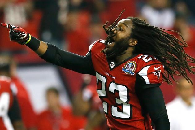 Falcons Finally Admit Dunta Robinson Has a Concussion