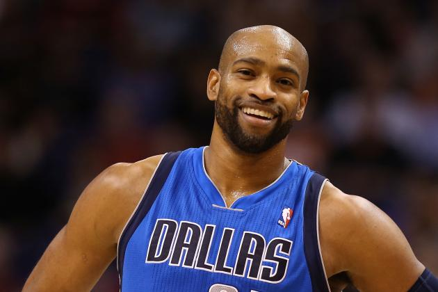 Watch Vince Carter Turn Back Clock with Dunk Exhibition vs. Wizards