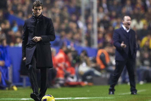 Tito Vilanova: Manager Goes Back to Work in Barcelona Training
