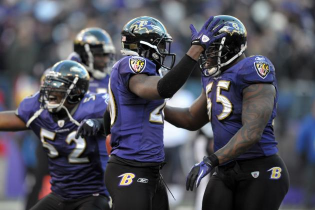 Teammates Say Emotional Goodbye to Retiring Ray Lewis