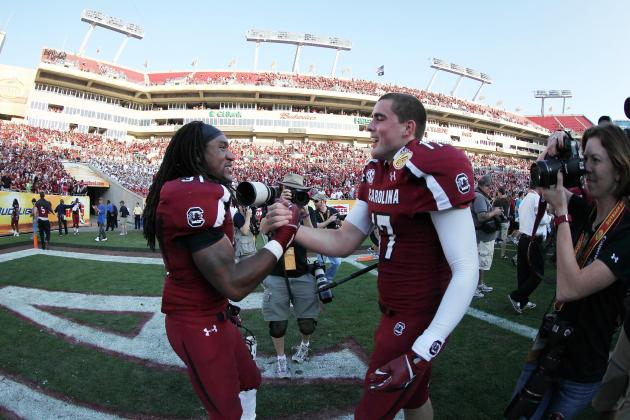 Thompson Leads USC to Thrilling Outback Bowl Win