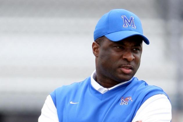 Texas Hires Ex-Memphis HC as RBs Coach
