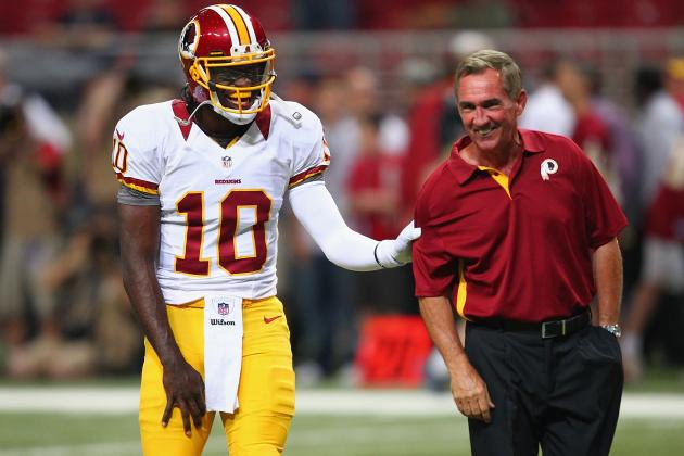 RG3 Pranks Mike Shanahan at Wednesday's Redskins Press Conference