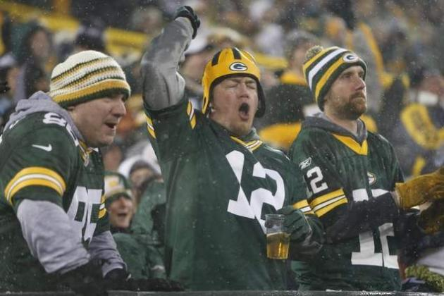 Alcohol Sales to Stop Early at Packers-Vikings Game