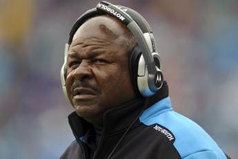Tennessee Titans Fire Running Backs Coach Jim Skipper
