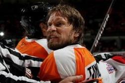 Flyers' Timonen Worried How Body Will Respond to Shortened Season