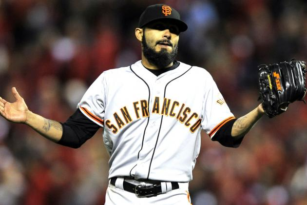 SF Giants' Sergio Romo Reportedly Detained After Incident with TSA Officer
