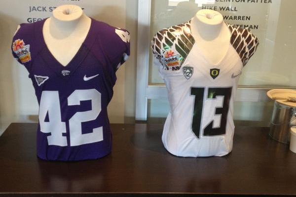Oregon Fiesta Bowl Gear 2013: Breaking Down Ducks' Jerseys and Helmets