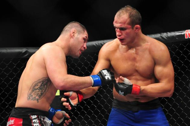 UFC 155: How Would a Cain Velasquez-Junior Dos Santos Rubber Match Play Out?