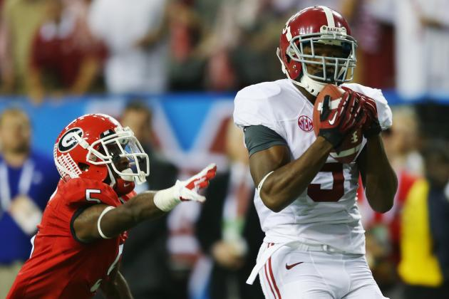 Amari Cooper Gets a Rave Review from Senior Center Barrett Jones
