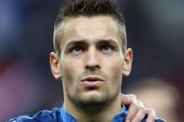 Newcastle Sign Right-Back Debuchy