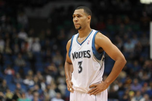 Will Brandon Roy's Mystery Treatment Give Kevin Love the Help He Needs?
