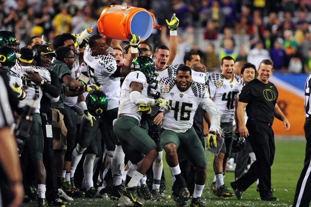 Oregon Ducks Will Pay Coaching Staff $823,380 in Bowl Bonuses