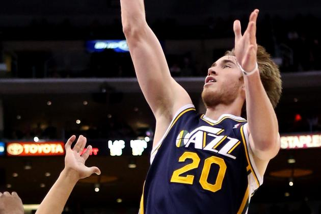 Utah Jazz Pull Away in 2nd Half to Earn Road Win over Phoenix Suns