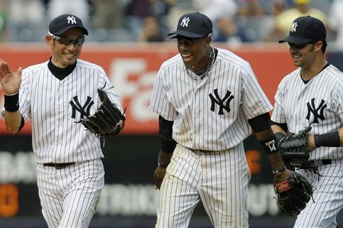 Need a Right-Handed Outfielder? Yankees Have Been Here Before