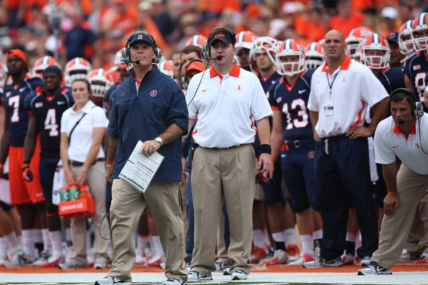 Illini reportedly dismiss Beatty from football staff