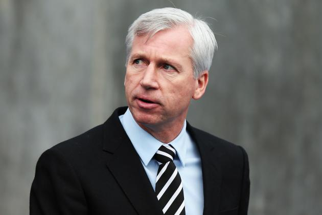 Alan Pardew Says Newcastle Must Buy New Players Now to Avoid the Drop