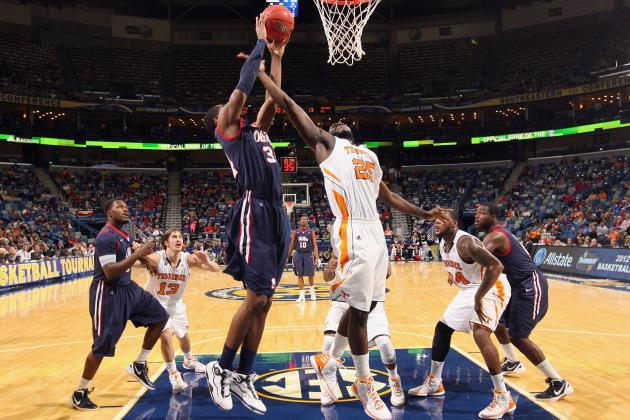 Tennessee Basketball: Previewing the SEC Opener Against Ole Miss
