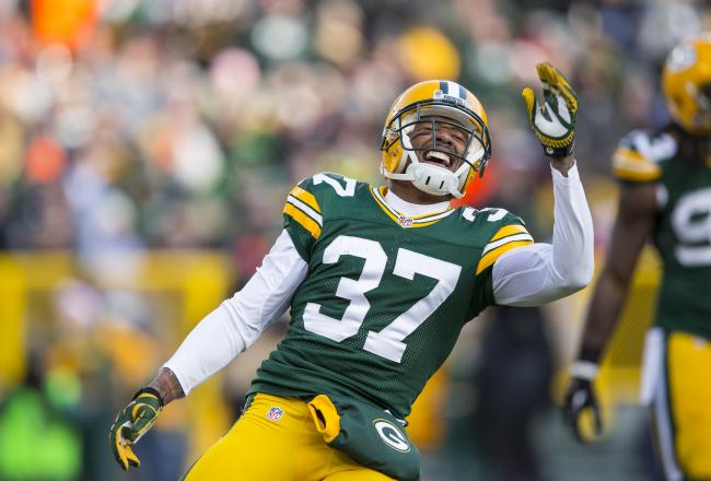 Sam Shields gets an interception to end another Minnesota drive.