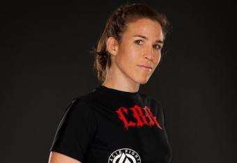 Winner: Leslie Smith (Photo Credit: Esther Lin/Invicta FC)