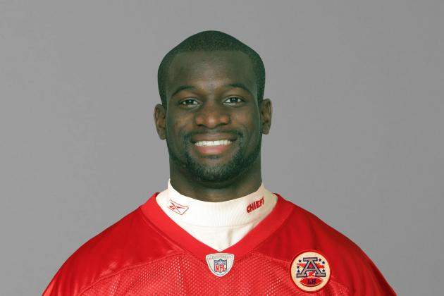 Former NFL Player Chandler Williams Passes Away During Flag Football Game