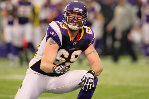 Jared Allen Reportedly Will Undergo Surgery on Torn Labrum