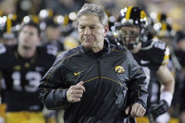 Iowa Hawkeye Football: Kirk Ferentz Could Learn a Lot from Urban Meyer
