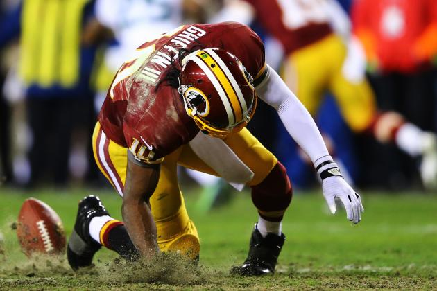 Breaking Down RG3's Injury-Riddled Performance on Sunday
