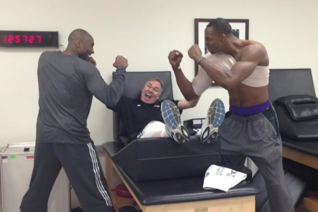 Kobe Bryant Downplays Dwight-Mamba Feud with Classic Twitter Picture