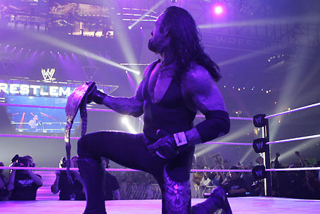 WWE WrestleMania 29: Will the Undertaker Defend His Streak Against the Shield?