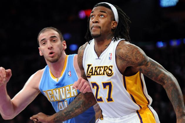 Source: Lakers' Jordan Hill out at Least a Week with Hip Injury