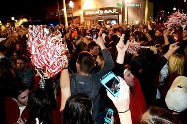 Alabama's BCS Rout of Notre Dame Sends Tide Fans into Tuscaloosa Streets, Again