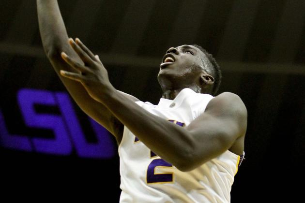 Johnny O'Bryant Takes First Step Back in LSU Win Against Bethune-Cookman