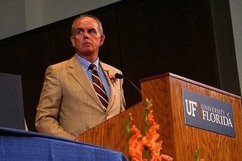 Bernie Machen to Stay UF President