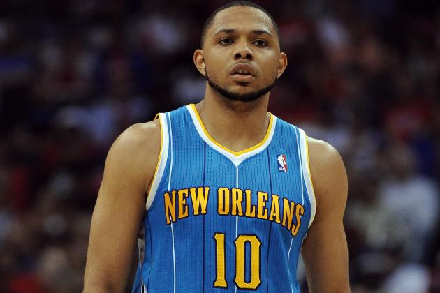 Guard Eric Gordon Springs for Breakfast for Team's Employees
