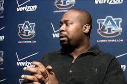 Former Auburn Assistant Jay Boulware Hired as Tight Ends Coach