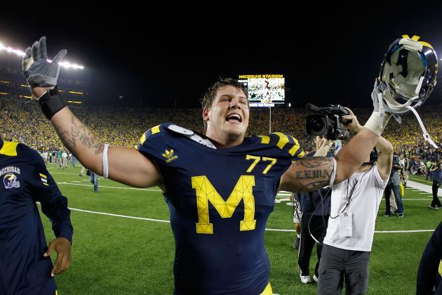 Taylor Lewan to Return to Michigan